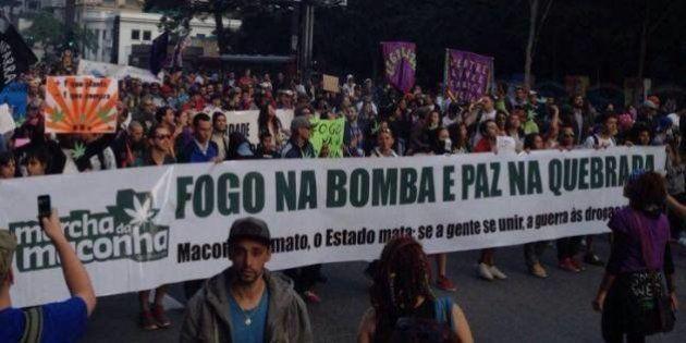 Marcha da Maconha 2016: Milhares fazem 'maconhaço' na Av. Paulista pela
