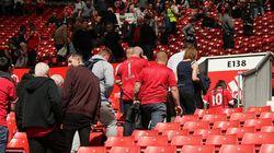 Estádio do Manchester United é esvaziado após suspeita de