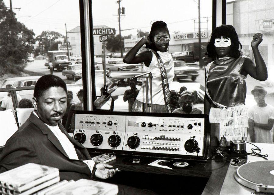 B. B. King, Mahalia Jackson, Sam Hopkings... Uma retrospectiva em preto e branco dos primeiros dias do...