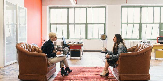Enviar uma mensagem de agradecimento após uma entrevista de emprego pode ajudá-lo a conseguir a