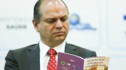 'Jamais diria que os homens trabalham mais', diz ministro um dia após dizer o