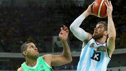Em jogo SOFRIDO, Argentina derrota Brasil por 111 a 107 no
