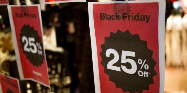 Em ano de crise, sites antecipam promoções e promovem Black Friday o mês