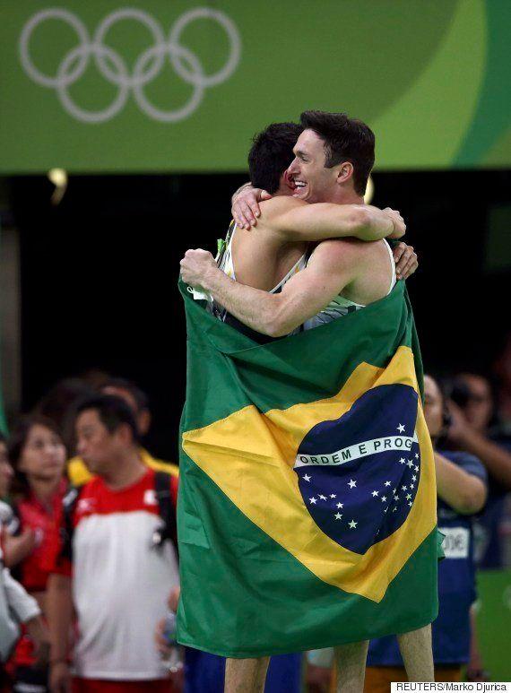 EMOCIONANTE! Brasil é prata e bronze na ginástica