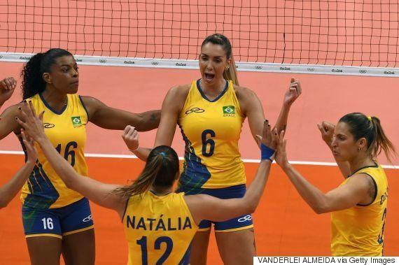 #ElasNaRio2016: Brasil vence Rússia por 3 sets a 0 em vôlei