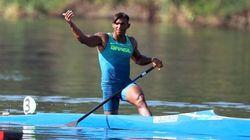 Lenda da canoagem, Isaquias Queiroz vence as eliminatórias e segue rumo ao