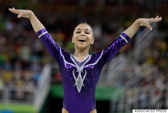 #ElasNaRio2016: Simone Biles é só elogios a Flavinha: 'Esperava ela ganhando a medalha e não