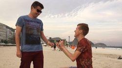Atleta britânico pede namorado em casamento... E a resposta é