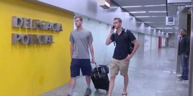 Nadadores dos EUA são impedidos de deixar o Rio por