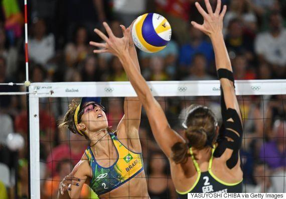 Não deu para o Brasil: Ágatha e Bárbara perdem das alemãs e ficam com a