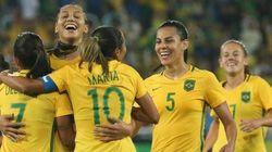 'O futebol feminino não para por aqui': Conversamos com Bárbara, Marta e