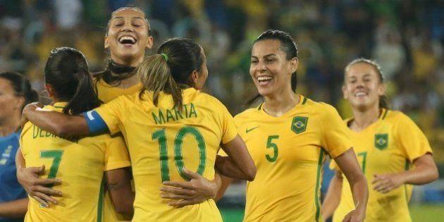 'O futebol feminino não para por aqui.' Conversamos com Marta, Bárbara e