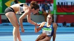Espírito olímpico vale ouro: Atleta que ajudou adversária ganha medalha de honra do