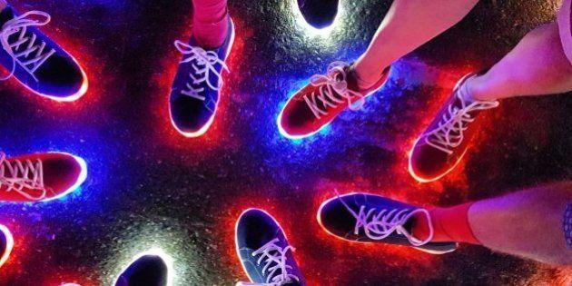 Empresa que criou tênis de luz da delegação britânica pensa em colocá-lo no