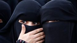 Justiça alemã proíbe estudante de usar véu muçulmano em sala de