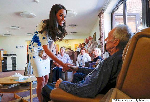 Príncipe William fala de Diana ao consolar um garoto: 'Sinto falta da minha mãe todos os