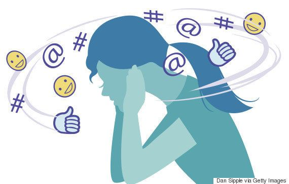 Agir de forma diferente no Facebook e na vida real pode causar