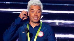 Que momento no VMA! Jimmy Fallon tira sarro do vexame de Ryan Lochte na Rio