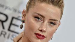 'Você não está sozinha': Amber Heard escreve carta emocionante sobre violência contra a