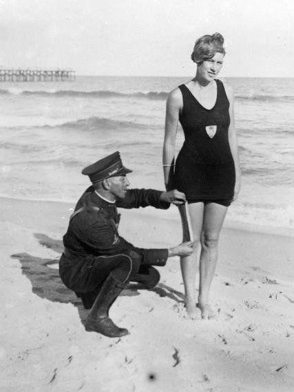 De burkini ou topless as mulheres não são