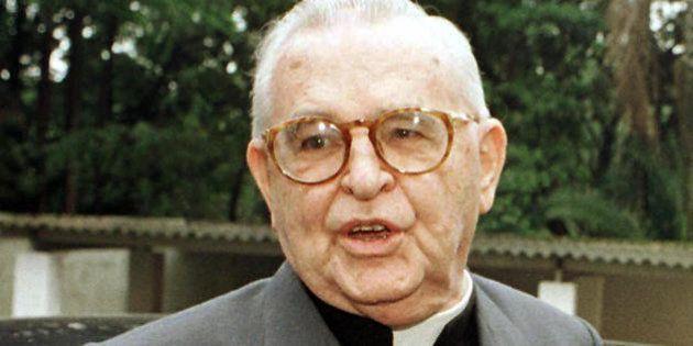 SAO PAULO, BRAZIL: (FILE) Brazilian Cardinal Dom Paulo Evaristo Arns seen, 06 March 2001 in Sao Paulo,...