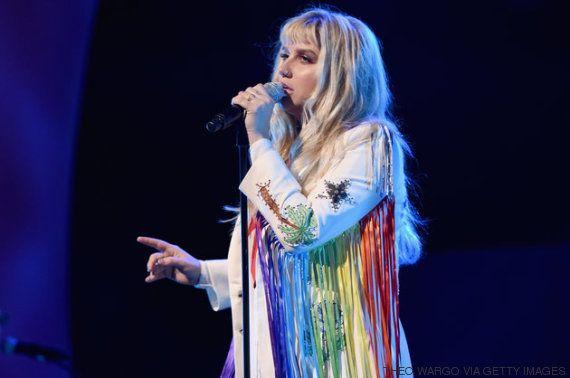 Kesha se abre sobre batalha contra depressão para que outros não se sintam