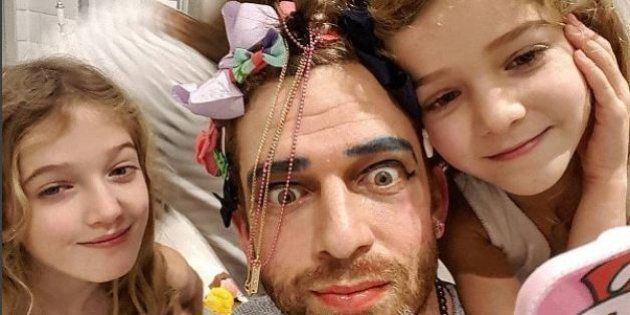 Este pai mostra seu dia a dia com as 4 filhas em divertidas imagens no