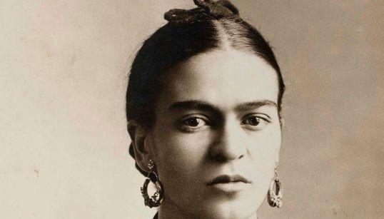 Fotografias raras (e belíssimas) de Frida Kahlo chegam a São Paulo em