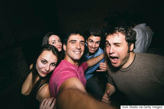 Cientistas descobriram que a selfie acaba sendo um tiro no