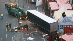 Polícia de Berlim investiga possível ligação de terrorismo com assassinatos em mercado