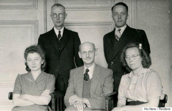 Novo estudo sugere que Anne Frank foi encontrada por acaso pelos