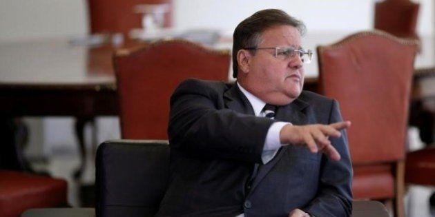 Governo atropela deputados e vai mandar reforma na aposentadoria antes das eleições