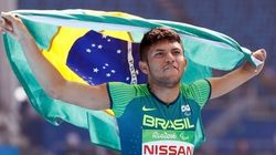 Petrúcio, OURO no atletismo, quebra recorde mundial dos 100m