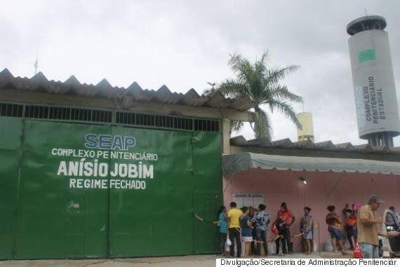 Massacre em Manaus: Solução a curto-prazo ajuda
