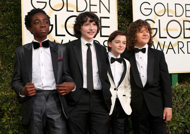 Globo de Ouro 2017: Elenco de 'Stranger Things' se reúne para torcer pela série em duas
