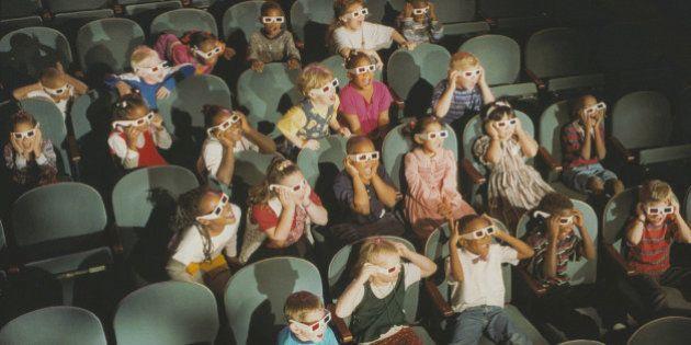 Children at a 3-D