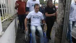 'Tem que melhorar', diz Doria após testar calçadas em cadeira de