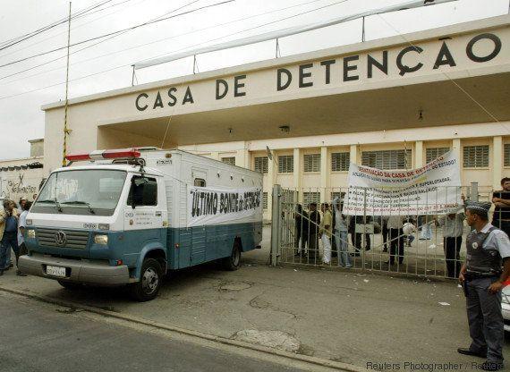 'Legítima defesa': TJ anula julgamento de PMs envolvidos no Massacre do