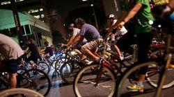 'Desacelera, Doria': Ciclistas fazem protesto em frente a casa de futuro