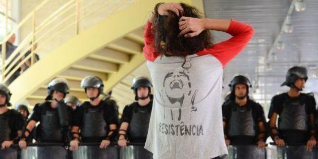 SP: Escolas ocupadas em protesto contra 'reorganização escolar' têm nota acima da média no