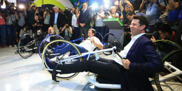 Fã de ciclismo, ministro do Esporte leva equipe para acompanhar Mundial sem atletas