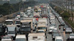 Mortes nas marginais Tietê e Pinheiros caem 52% em um ano, aponta
