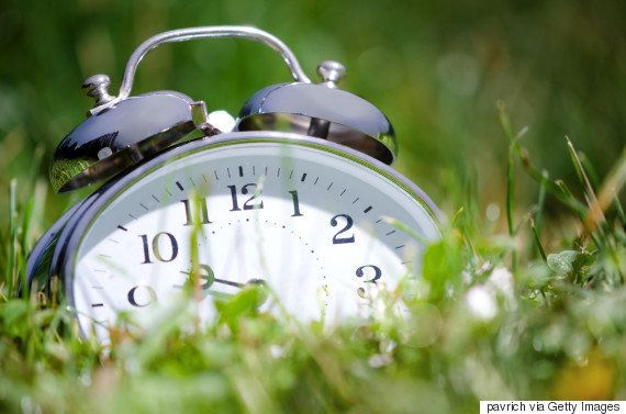 Horário de verão: À meia-noite deste domingo, adiante uma hora seu