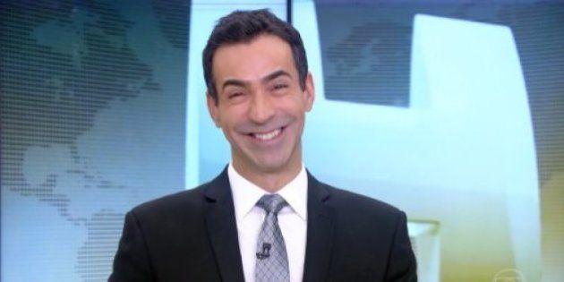 Cesar Tralli estreia no Jornal Hoje e sorri como criança ganhando brinquedo