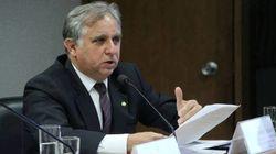 Comissão da reforma do ensino médio elege presidente autor da Escola sem