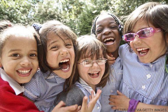 Meninas de apenas 7 anos já se sentem pressionadas a ter aparência perfeita, diz