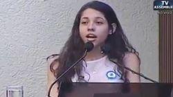 'De quem é a escola?': Estudante de 16 anos dá aula sobre ocupações a