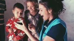 'Alegria', 'conquista': Bruna Marquezine visita crianças refugiadas no