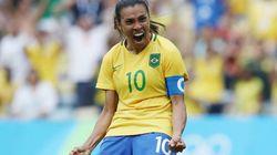 Pela 13ª vez, Marta está entre as 10 melhores jogadoras de futebol do