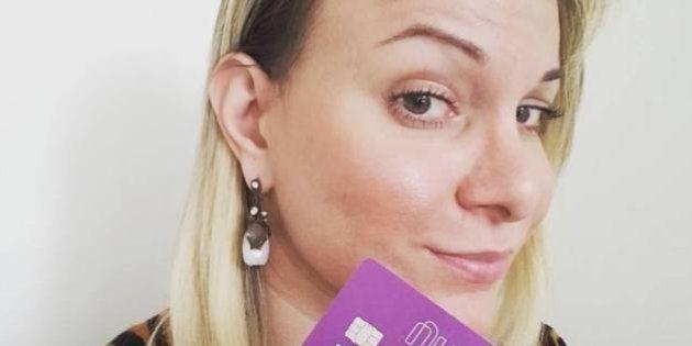 Bancos permitem que clientes utilizem o nome social em cartões de